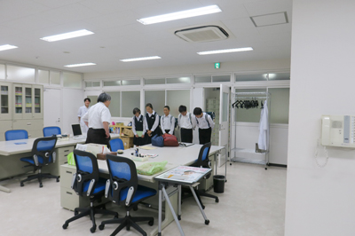 寒河江市立陵南中学校の仙台研修